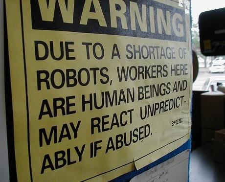 081215robot_shortage