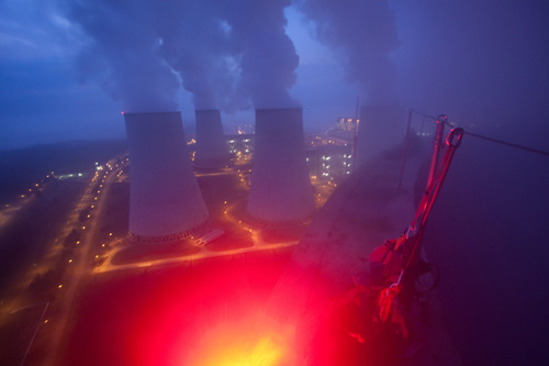 Coal power plant action Jaenschwalde