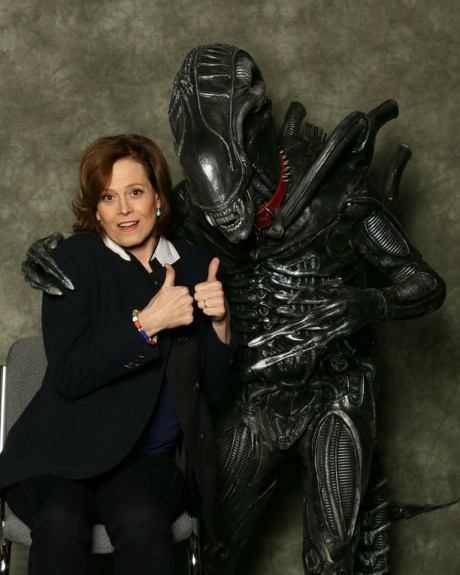 alien_friends