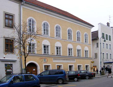 Anwesen_Salzburger_Vorstadt_15,_Braunau_am_Inn-2