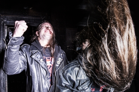 in-photos-speed-metal-fans-look-for-love-speedily-body-image-1460481940
